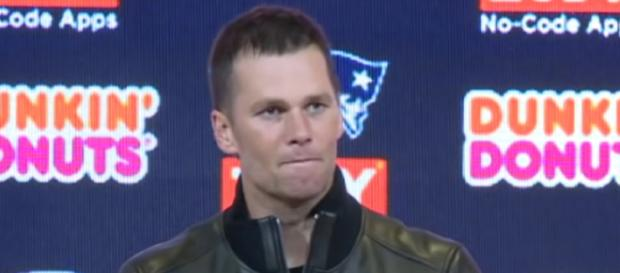Tom Brady's autograph got a little pricier after winning his sixth Super Bowl ring. - [NESN / YouTube screencap]
