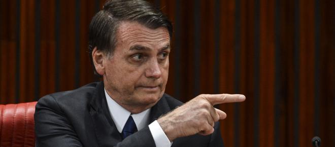 Bolsonaro apoia construção do muro na fronteira dos EUA com o México