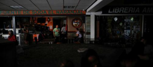 Apagão causou transtornos à população venezuelana. (Foto: Acervo/ Blasting News)