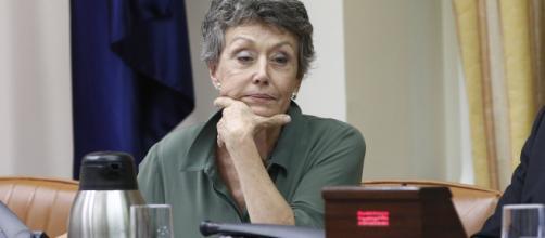 PP exige renuncia de Rosa María Mateo por sus comentarios contra Pablo Casado