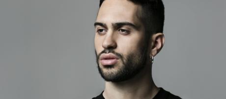 Mahmood litiga per strada con il presunto fidanzato