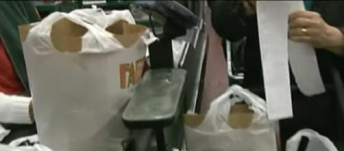 Hoboken's ban on plastic bags goes into effect. [Image source/CBS New York YouTube video]