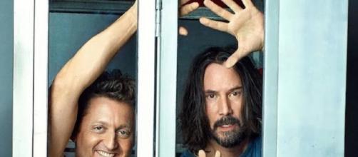 Os atores Alex Winter e Keanu Reeves voltam a interpretar a dupla Bill e Ted (DIvulgação)