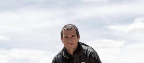 """Presentador irlandés conocido mundialmente por su programa """"El último superviviente"""" (Vía Facebook - Bear Grylls)"""