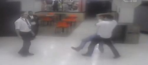 Violência contra deficiente no Carrefour. (Reprodução/G1)