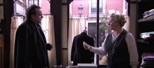 Anticipazioni Una Vita: Arturo scrive una lettera di perdono alla figlia Elvira