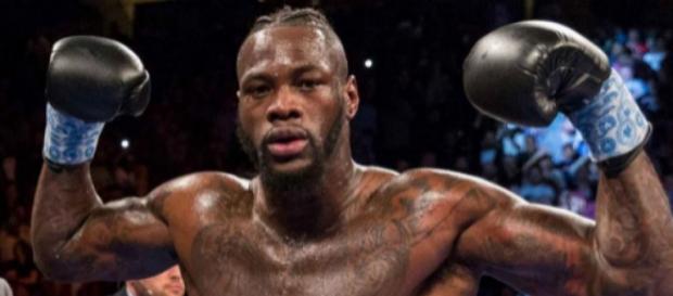 Deontay Wilder difenderà il titolo dei pesi massimi contro Dominic Breazeale il prossimo 18 maggio