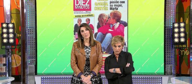 Las fotos de Chelo García Cortes y su mujer besándose en la playa. / Telecinco