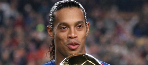 Ronaldihno vince il Pallone d'oro