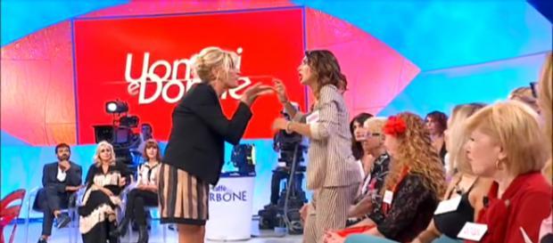 U&D Over, Barbara De Santi accusa Gemma Galgani: 'Rifiuti selfie quando sei struccata'