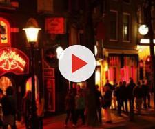 Amsterdam vieta le visite turistiche non autorizzate dal prossimo anno.
