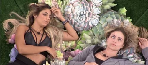 Hariany e Paula são boas amigas dentro do BBB19. (Foto: Reprodução/ TV Globo)