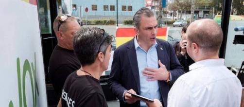 Javier Ortega Smith, el pasado domingo en Las Palmas de Gran Canaria. / EFE