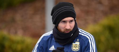 Vía País | Messi, ausente ante Italia por una sobrecarga muscular - com.ar