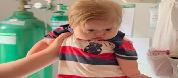 Bebê com Síndrome de Down se torna fenômeno. (Foto: Reprodução/Instagram/@daniguedesbombini)
