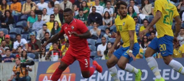 Brasile-Panama 1-1, Cummings e Paquetà in una fase del match