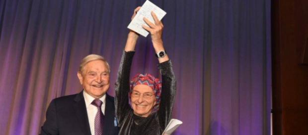 Il partito di Emma Bonino riceve soldi da George Soros