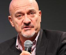 Claudio Bisio parla di politica dalla Gruber