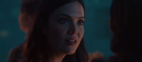 Rebecca Pearson's father is the newest addition to the show. [Source: NBC/YouTube]