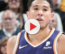 Devin Booker nearly had 60 points in a Suns' loss on Monday (Mar. 25). [Image via NBA/YouTube]