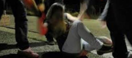 Catania, ragazza stuprata da 3 giovani
