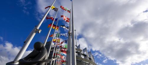 Copyrght, il Parlamento europeo approva la riforma del diritto d'autore.