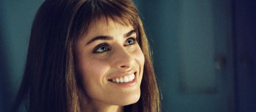 'De repente é amor' traz Amanda Peet e Ashton Kutcher como um casal cheio de química. (Reprodução)