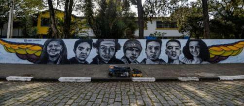 Grafiteiro homenageia vítimas de escola em Suzano. (Reprodução/Instagram/@kmj_graffit)