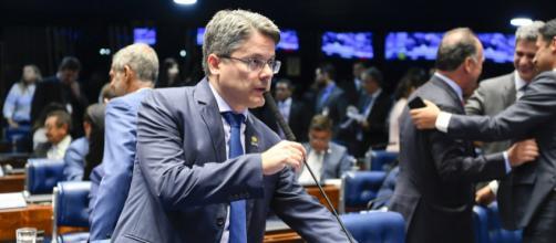 Senador Alessandro Vieira vê ações desesperadas contra CPI Lava Toga. (Arquivo Blasting News)