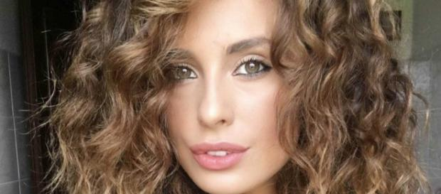 Sara Affi Fella riapre il vecchio profilo Instagram