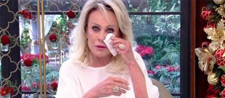Apresentadora Ana Maria Braga se emociona no programa. (Reprodução/Rede Globo)