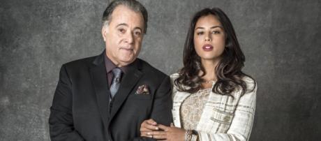 Olavo e Laura em O Sétimo Guardião. (Divulgação/Rede Globo)