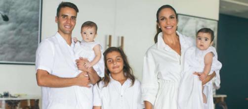 Ivete Sangalo com o marido e os filhos. (Arquivo Blasting News)