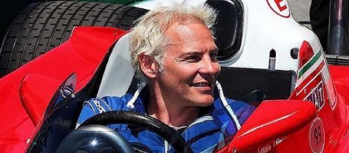 Jacques Villeneuve faz comentário polêmico sobre Robert Kubica. (Arquivo Blasting News)