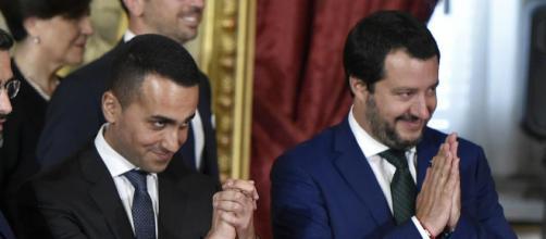 Matteo Salvini e Luigi Di Maio come Battisti e Mogol