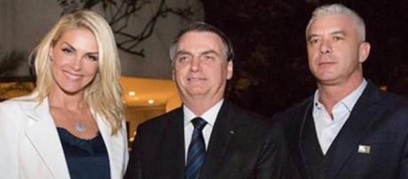 Ana, Bolsonaro e Alexandre Correa, marido da apresentadora. (Reprodução/Instagram/@ahickmann)