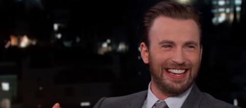 Chris Evans professes his love for the Patriots during a Jimmy Kimmel interview. - [Jimmy Kimmel Live / YouTube screencap