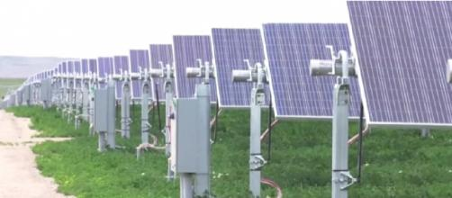 eNews: Idaho's first commercial solar farm. [Image source/Idaho Power YouTube video]