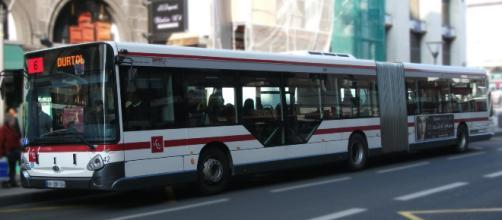 Un chauffeur de bus relaxé après une nouvelle histoire de discriminations.