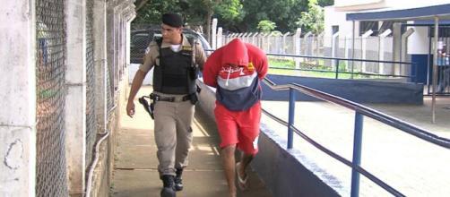 Homem é detido suspeito de abusar de criança de 4 anos. (Reprodução/TV Paranaíba)
