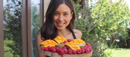 Youtuber vegana é vista comendo peixe. (Arquivo Blasting News)