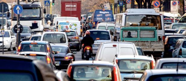 Roma, traffico: in sperimentazione i semafori intelligenti. Lo fa ... - trasporti-italia.com