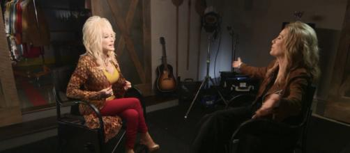 Dolly Parton and Kathie Lee Gifford share insights on songs, success, and one surprising weakness. [Image source: TODAY-YouTube]