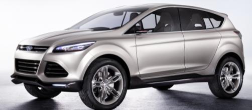 Ford Kuga, diramati alcuni teaser in vista del 2 aprile - automotiveaddicts.com