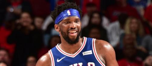Joel Embiid led the Sixers to victory on Thursday (Mar. 28). [Image via NBA/YouTube]