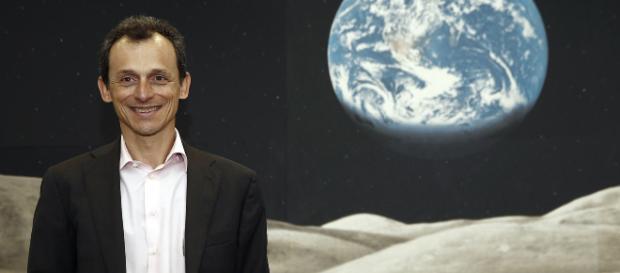 Pedro Duque en contra de las pseudoterapias