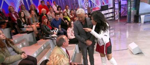 El baile de Maite provoca un enfrentamiento con un hombre del público. / Telecinco