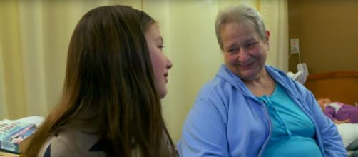 Ruby Chitsey grants simple wishes and makes loving connections with nursing home residents. [Image source: CBS News-YouTube]