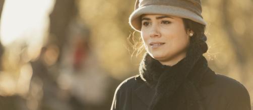 Dopo l'inattesa partenza di Roberto per Cuba senza di lei, Maria accetta la proposta di Francisca di restare alla Xasona con lei.