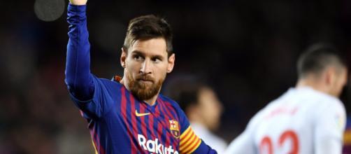 Lionel Messi decisivo nel derby contro l'Espanyol
